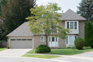 Open House at Awesome Exclusive Court Located Home in Bronte