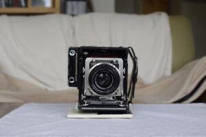 Graflex Century 2X3 film camera with lens and film back