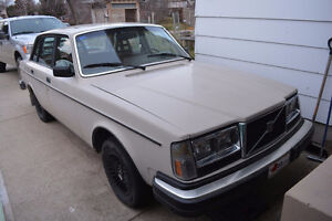 Very clean, Volvo 244,
