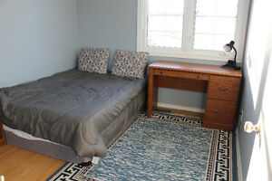 FULLY FURNISHED SPACIOUS ROOM RENTAL CLOSE TO UWO