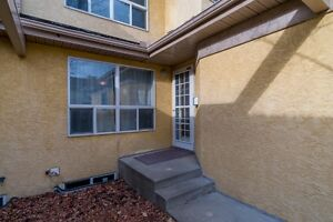 Below Market Value-Beautiful Townhouse in Prestigious Nottingham Strathcona County Edmonton Area image 2