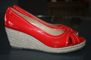 Souliers \ sandales rouges, maque Jessica, taille 8