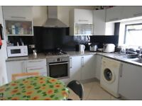 SINGLE ROOM NEAR UNDERGROUND *UPTON PARK* - ZONE 3 - AVAILABLE NOW - CALL ME