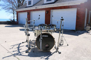 6 Piece Tama Superstar Hyper-Drive Drum Kit w/ Full Rack/Cases