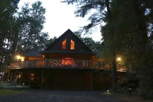 Log Cabin Cottage Rental - Port Burwell area