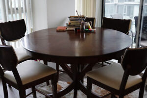 moving sale, dining tabe and 6 chairs