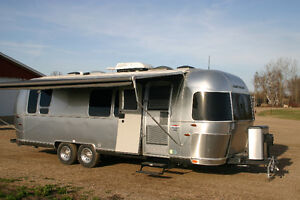 Airstream INT sig  28RB cleanest you will find
