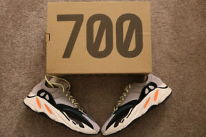 Yeezy 700 Wave Runner- Size 11