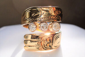 Gorgeous Hand Carved Sea Hawk Raven Diamond 14k Yellow Gold Ring