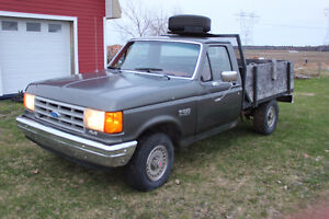 1990 Ford F-150 Camionnette