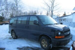 2008 Chevrolet Express Wheelchair Van