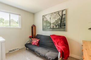 Hudson Starter Home in Heart of the Village! West Island Greater Montréal image 7