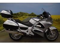 Honda ST1300 2013**DUAL ABS COMBINED, HEATED GRIPS, ADJUSTABLE SCREEN**
