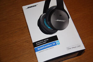 Brand New Bose QC25 Noise Cancelling Headphones