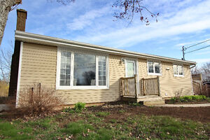 **JUST LISTED! UPDATED BUNGALOW IN DARTMOUTH!!**