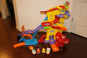 Vtech Go! Go! Smart Wheels Ultimate Amazement Park Playset