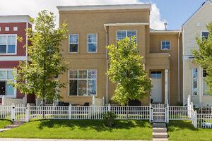 BEAUTIFUL 3 BEDROOM MCKENZIE TOWNE HOME!! $319,900!!
