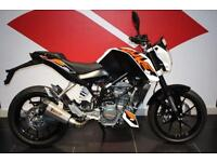 2016 KTM 125 DUKE BRAND NEW WITH EXTRAS!