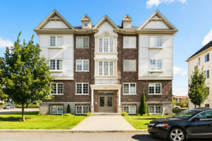 CONDO FOR RENT VAUDREUIL FREE UNLIMITED INTERNET !!!