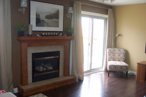 Availiable nov 1. Family Home in South St. Thomas London Ontario image 7
