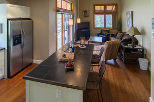 Fully Furnished 3 Bd Townhome
