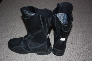 Women's Motorcycle Boots Size 6