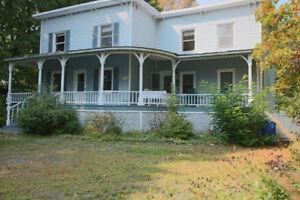 Belle maison ancestrale à Lac-Brome