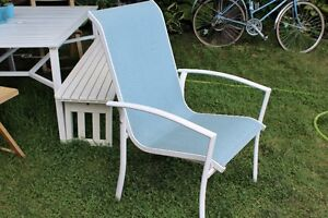 Buy or sell patio garden furniture in gatineau garden for Parasol impermeable terrasse