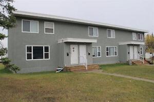 2 Bedroom Townhouse - $500 Signing Bonus!