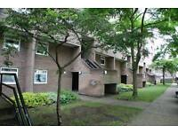 2 bedroom flat in Hanover Court, Cambridge, Cambridgeshire, CB2