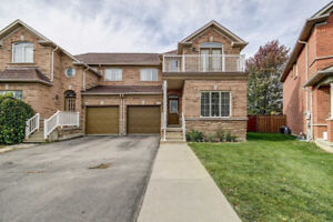 Well Kept Semi-Detached House for sale in Brampton (S-4026)