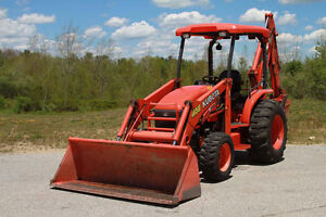 Kubota M-59 4x4 loader, backhoe with thumb great deal