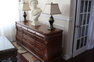 Liquidation Grand table console Pulaski en bois massif ( fermetu