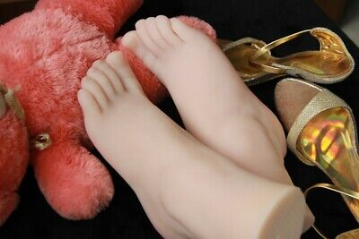 New Top Quality Silicone Female Feet Mannequin Plump Large Size Foot Size 40