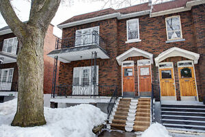 LOWER DUPLEX, WITH FINISHED BASEMENT,MONKLAND VILLAGE