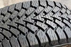 SINGLE TIRE 215/55/17 GOODYEAR NORDIC WINTER TIRES-NEW