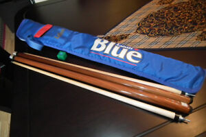 2 Dufferin Snooker/Pool Cues, Chalk and Soft Case Like new