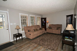 This amazing 3 bedroom bungalow is ready for a new owner! Regina Regina Area image 3