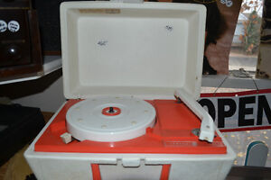 TURNTABLES + THOUSANDS OF RECORDS $1 each 7 for $5 10-3pm Windsor Region Ontario image 8