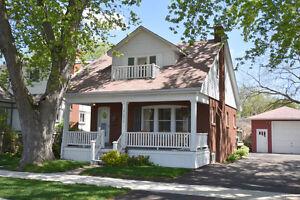 Central Burlington 1 1/2 Storey Detached Home
