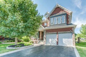 All Brick Estate Home with Over 3600 sq ft of Living Space!