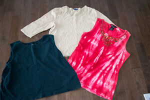 Women's clothing bundle size XL (Tops and pants included)