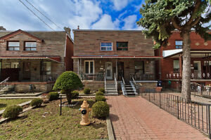 3+1 Bedroom In Prime Dovercourt Village! Walk To Everything!