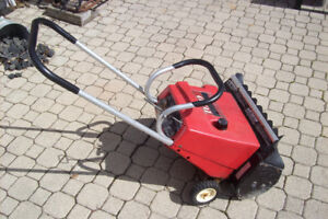 Toro S200 Gas Snowblower / Elec Start Snow Blower