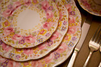 "Royal Albert ""SERENA"" formal dishware, 9-place setting (mint)"