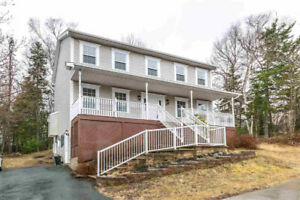Open House Sun Apr 28th 2-4 PM - 40 Oceanview Drive, Bedford
