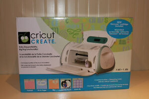 Cricut Create with 4 cartridges and 2 new mats