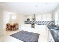 4 bedroom house in Cissbury Ring North, WOODSIDE PARK, N12
