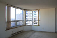 Beautiful condo at the Riviera on Riverside Dr w/ 2 parking