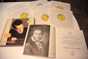 BEETHOVEN 9 Symphonien. Herbert Von Karajan.  8 disques.